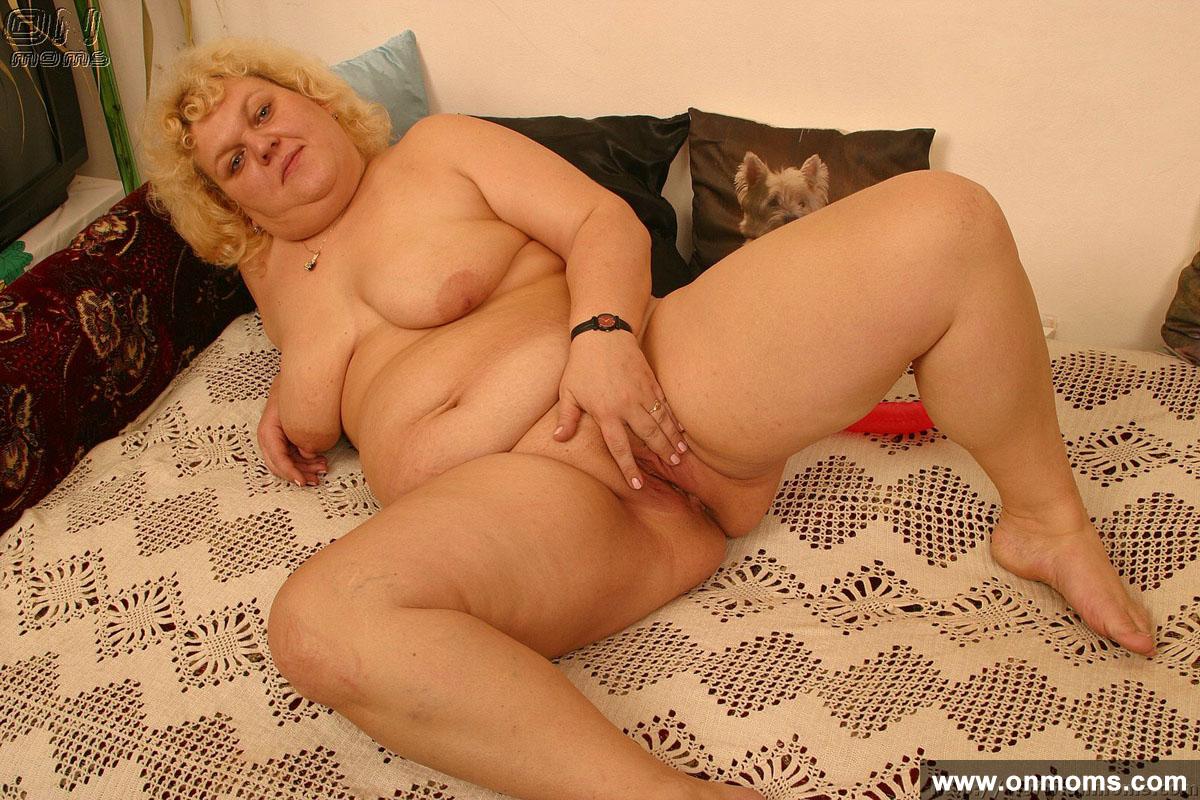 Спящая бабушка порно пышка фото 28 фотография