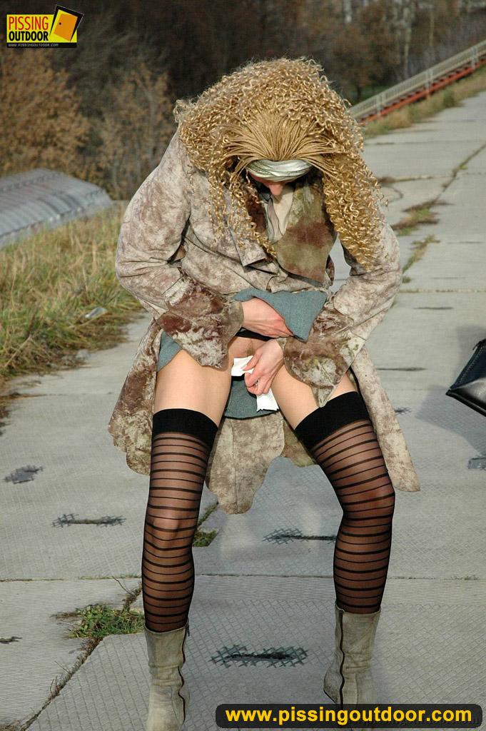 http://pics.drtuber.com/media/photos/1204236.jpg