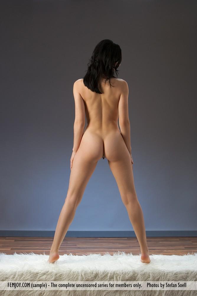 http://pics.drtuber.com/media/photos/1204519.jpg