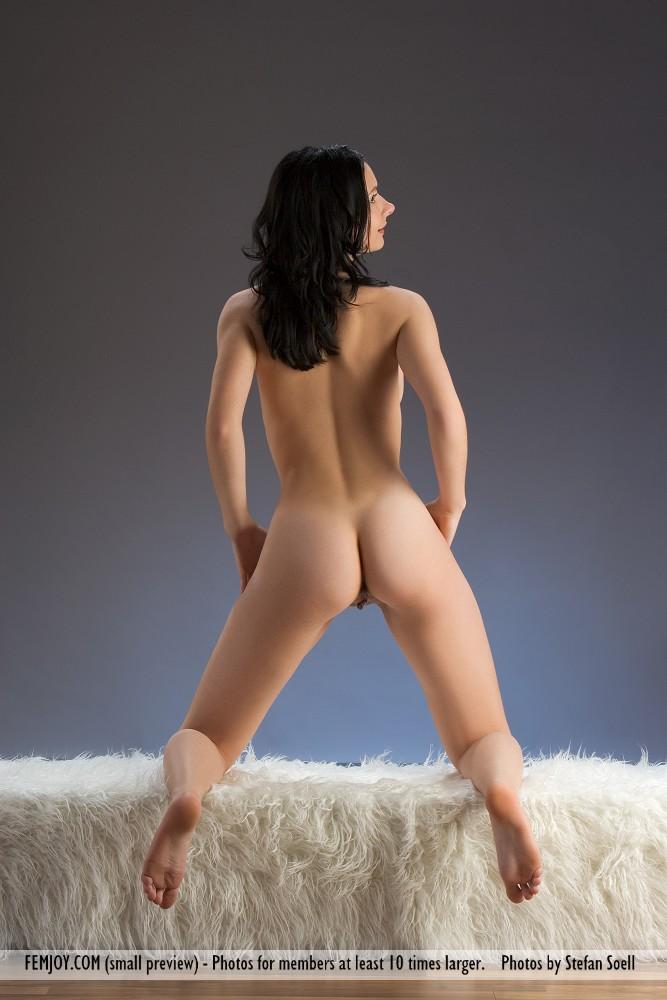 http://pics.drtuber.com/media/photos/1204529.jpg