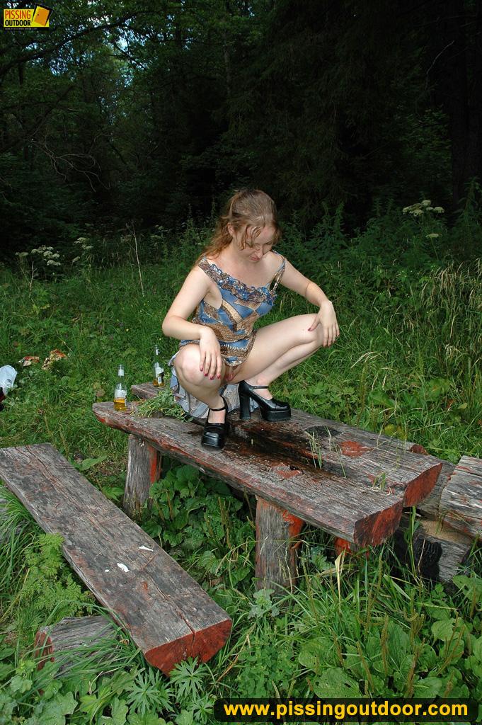 http://pics.drtuber.com/media/photos/1204712.jpg