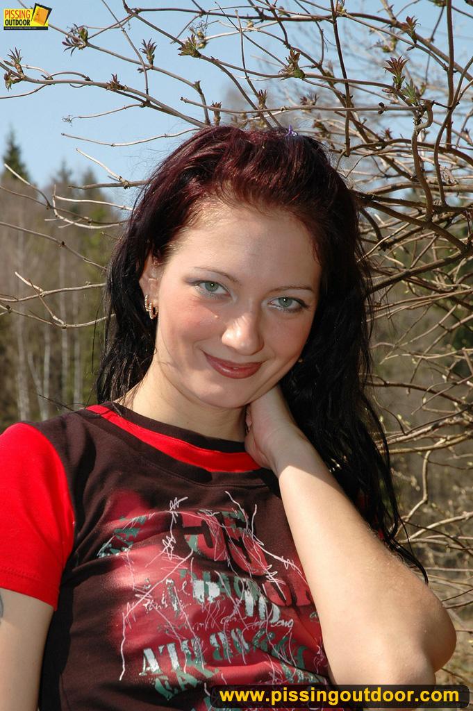 http://pics.drtuber.com/media/photos/1204901.jpg