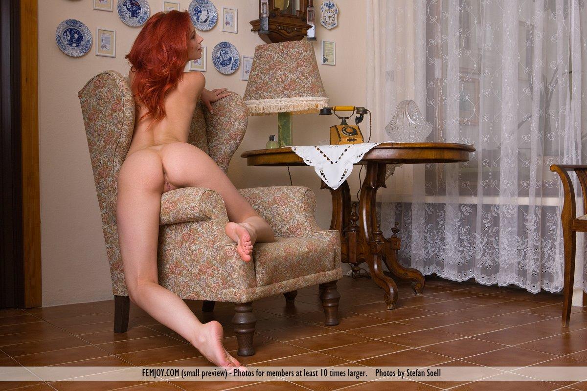 http://pics.drtuber.com/media/photos/1207429.jpg