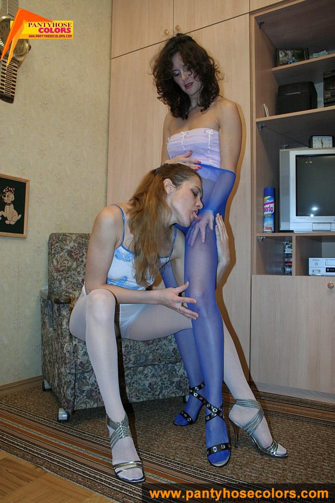 http://pics.drtuber.com/media/photos/1209189.jpg