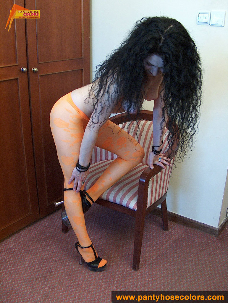 http://pics.drtuber.com/media/photos/1209318.jpg