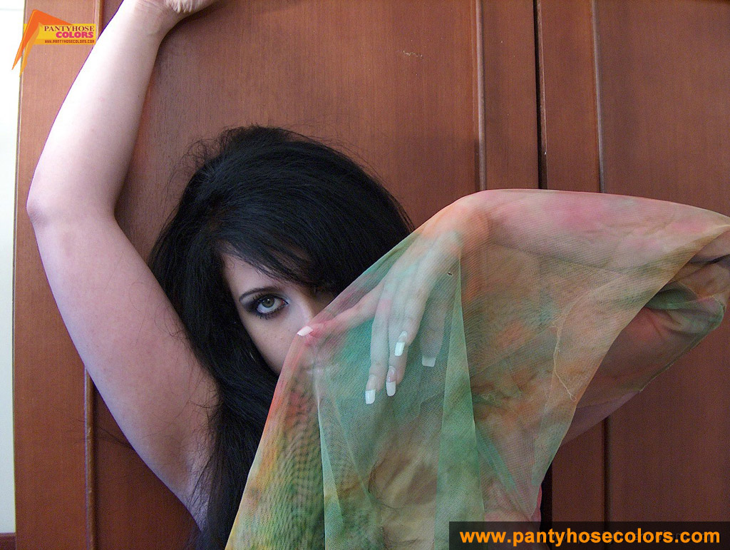 http://pics.drtuber.com/media/photos/1209341.jpg