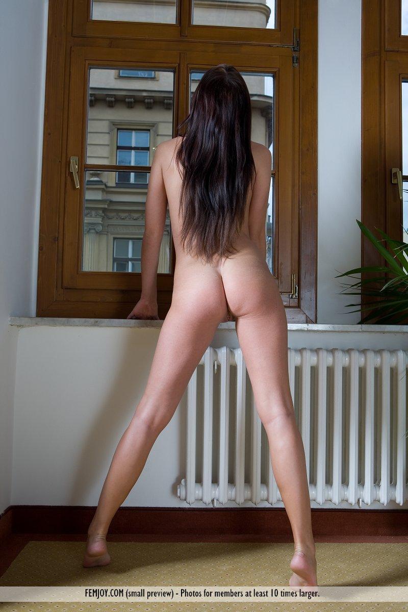 http://pics.drtuber.com/media/photos/1209410.jpg