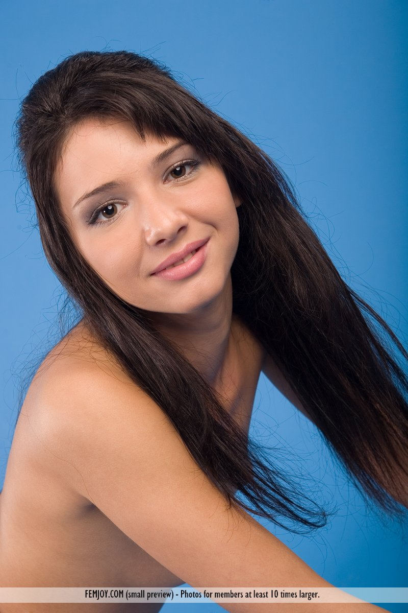 http://pics.drtuber.com/media/photos/1209868.jpg