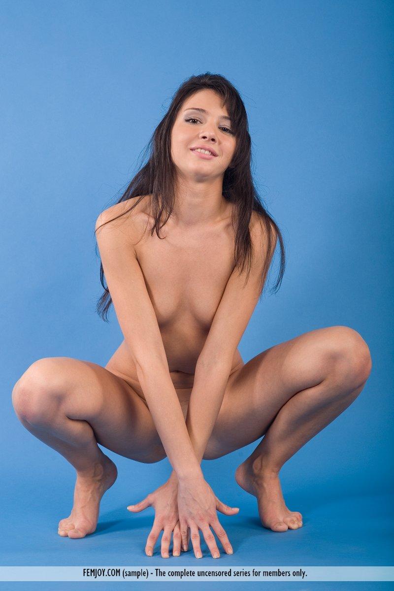 http://pics.drtuber.com/media/photos/1209882.jpg