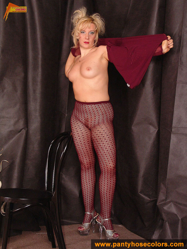 http://pics.drtuber.com/media/photos/1209914.jpg