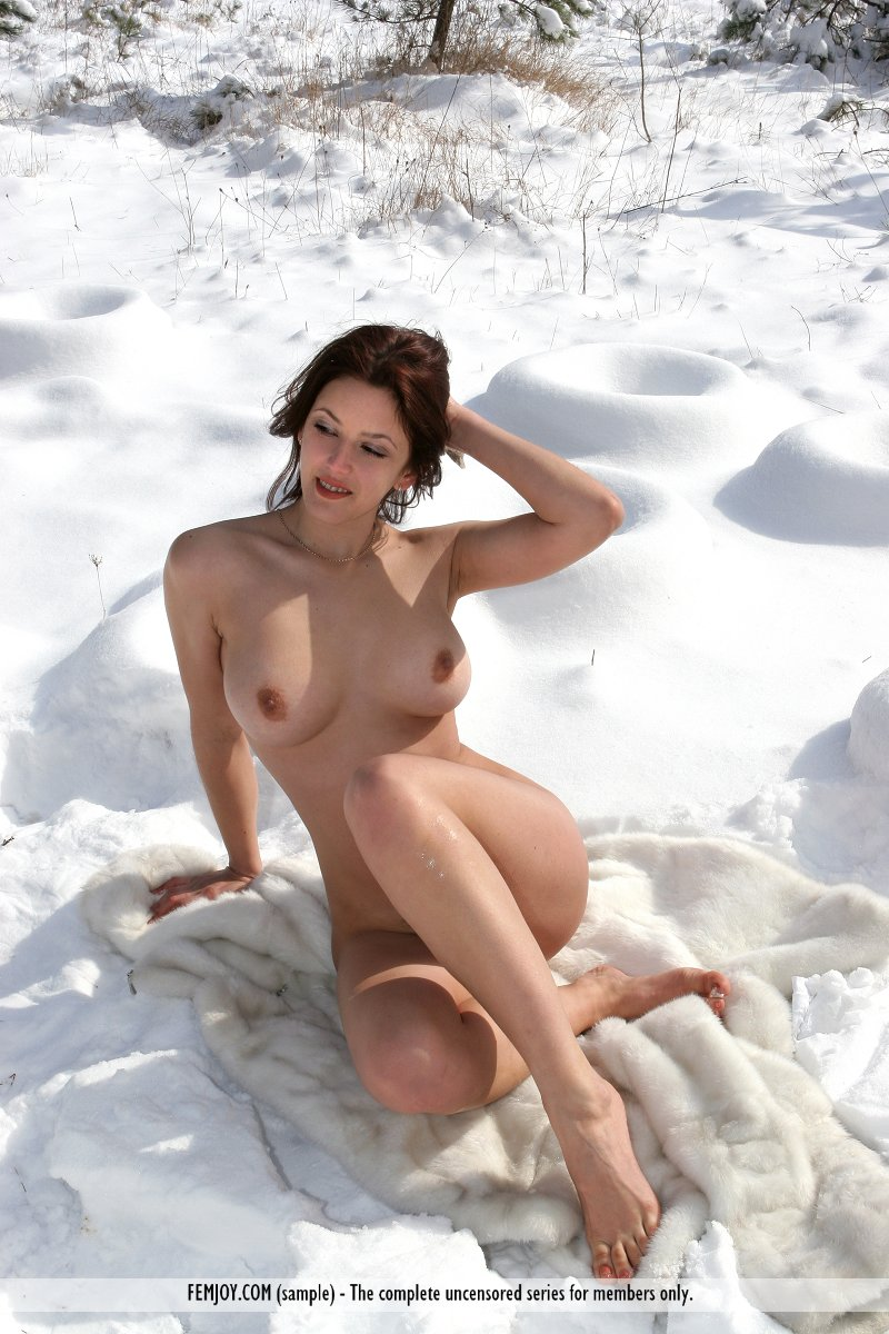 Sexy nude pics only of nude snow  erotic thumbs
