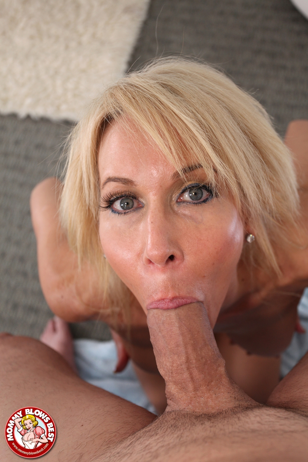 Rubbing cock on clit
