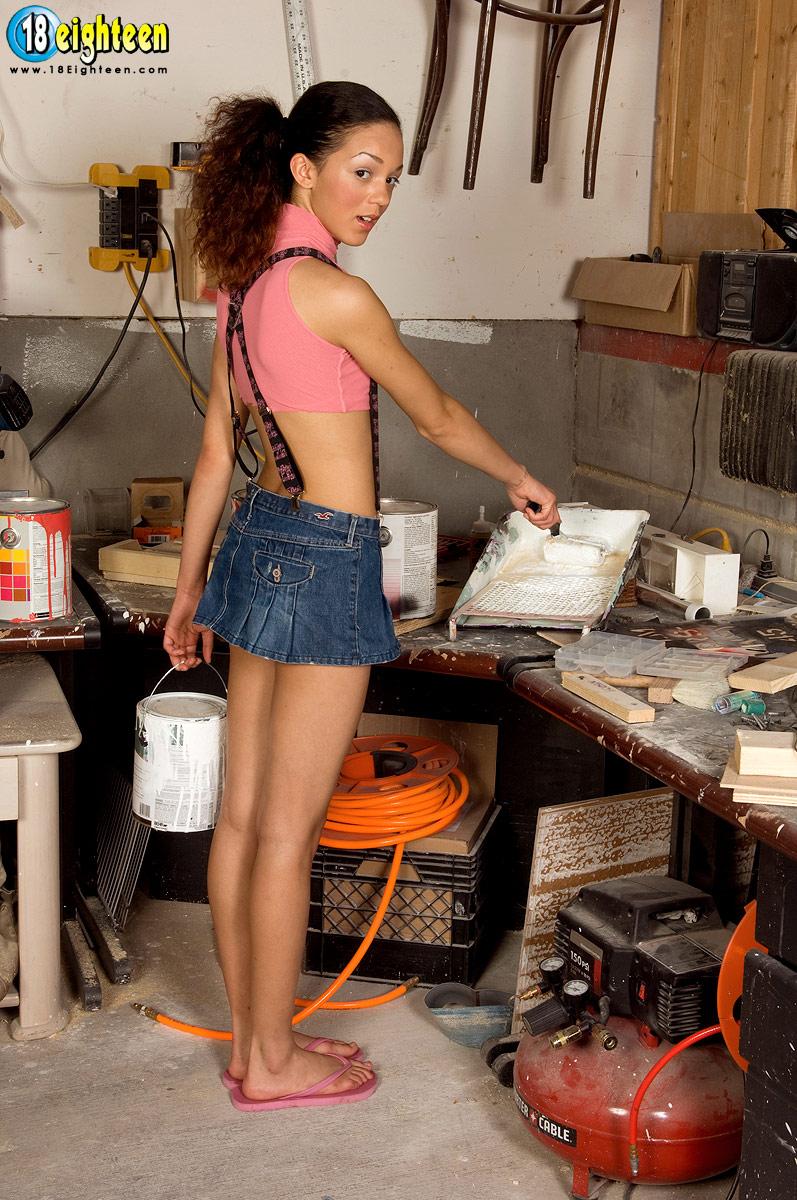http://pics.drtuber.com/media/photos/1268823.jpg