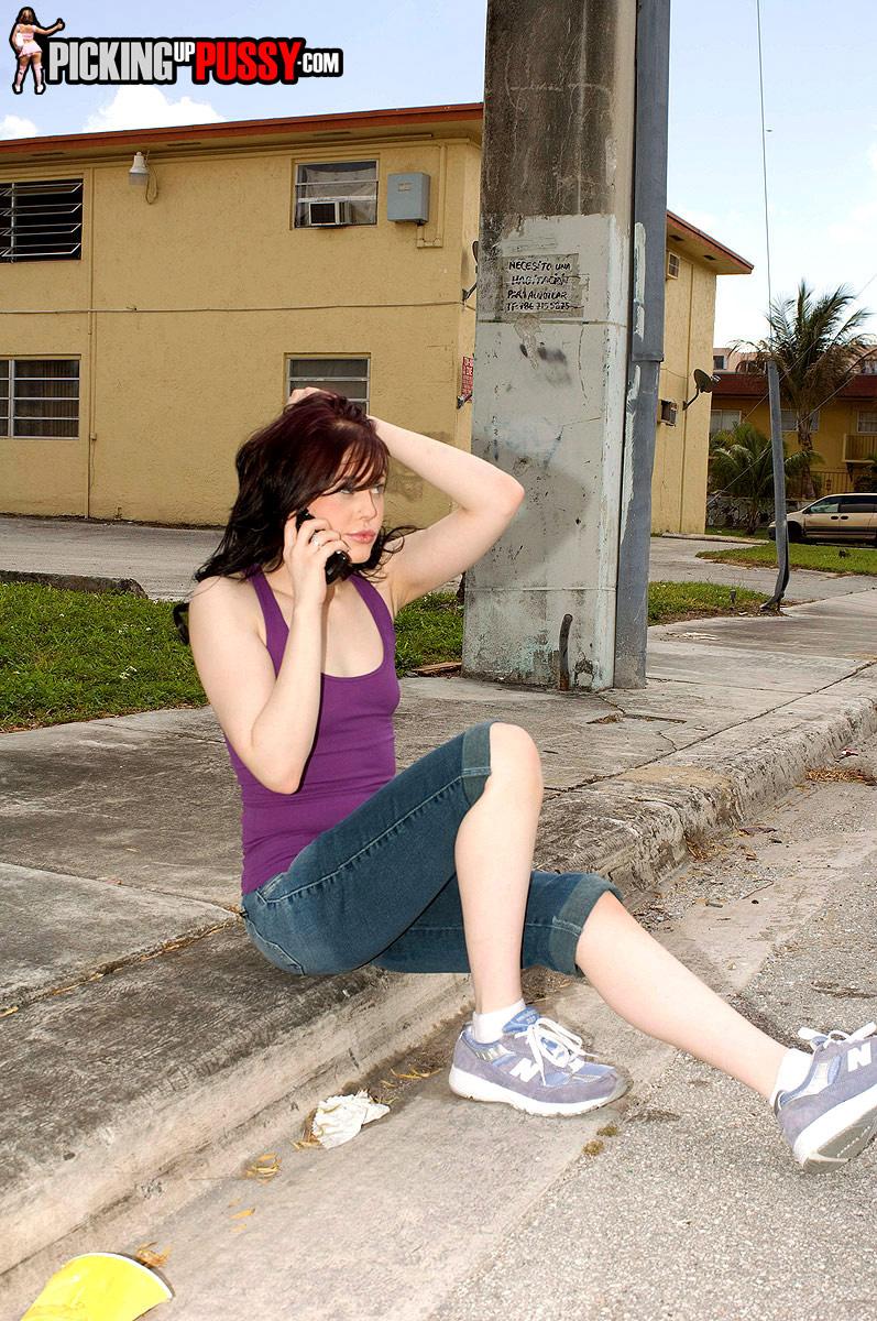 http://pics.drtuber.com/media/photos/1378483.jpg