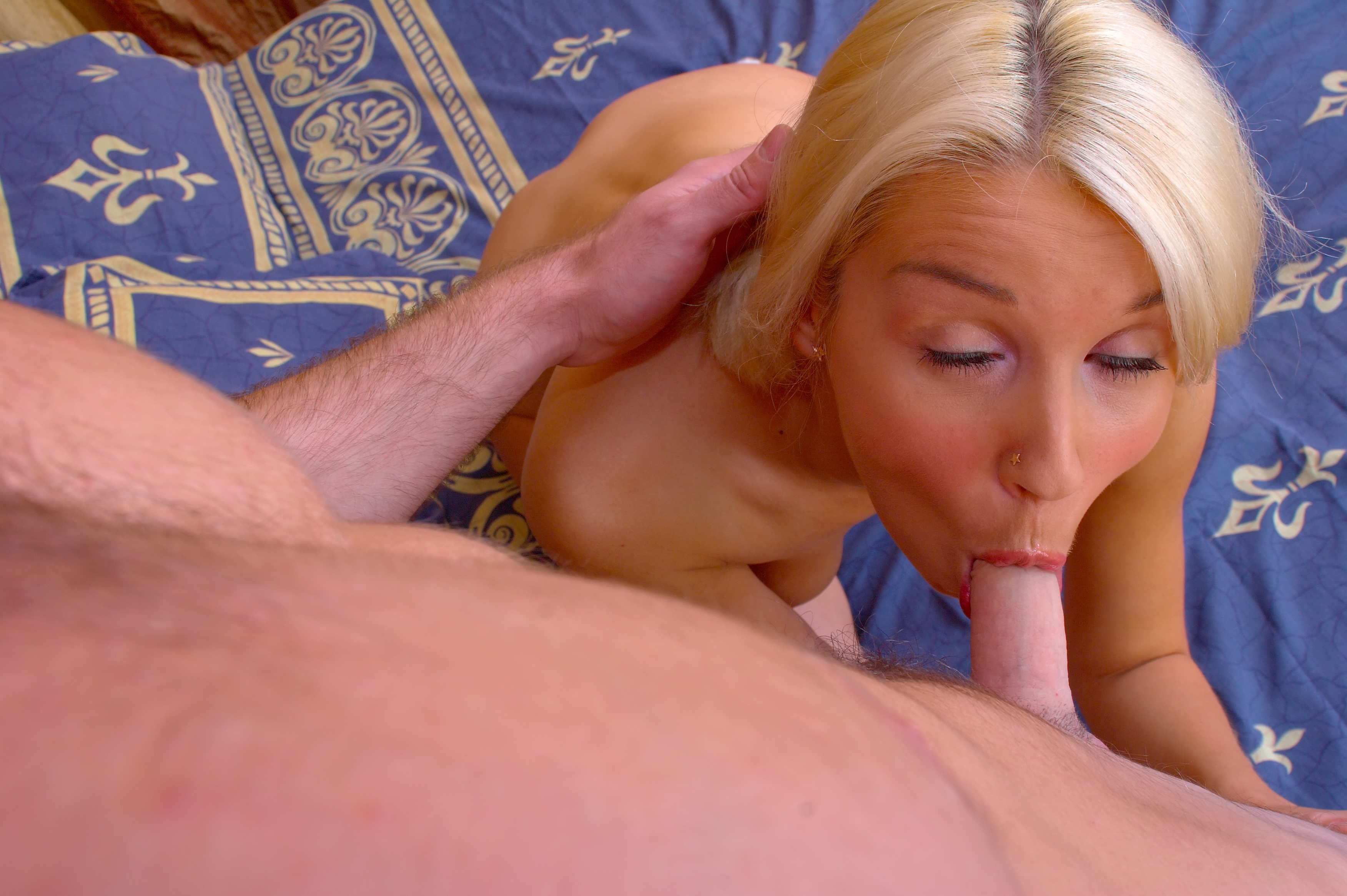 Girl elves nudemasterbating porn picture