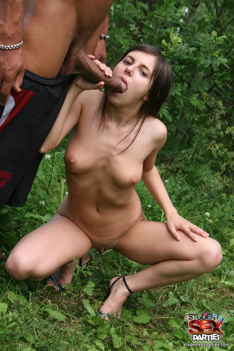domashnie-porno-na-prirode