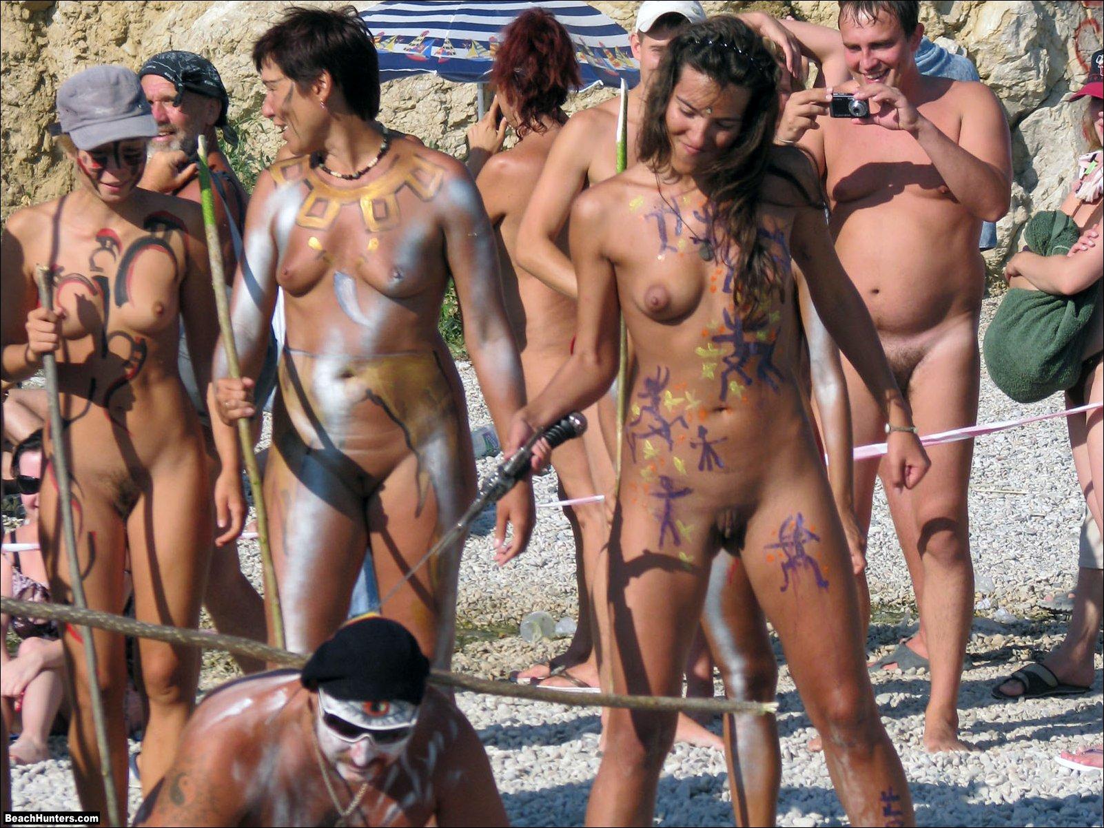 molodezh-nudistki