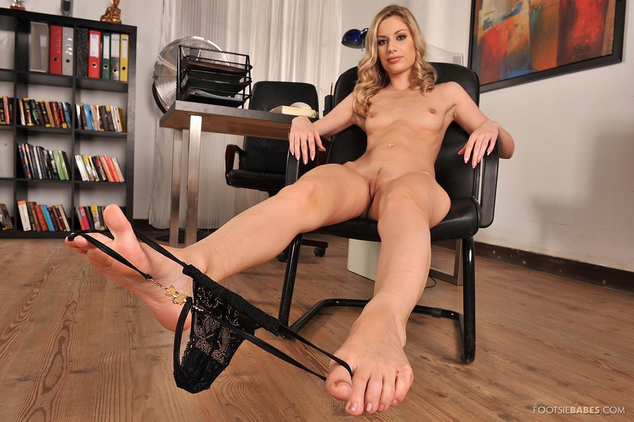 Ножки порнозвезд