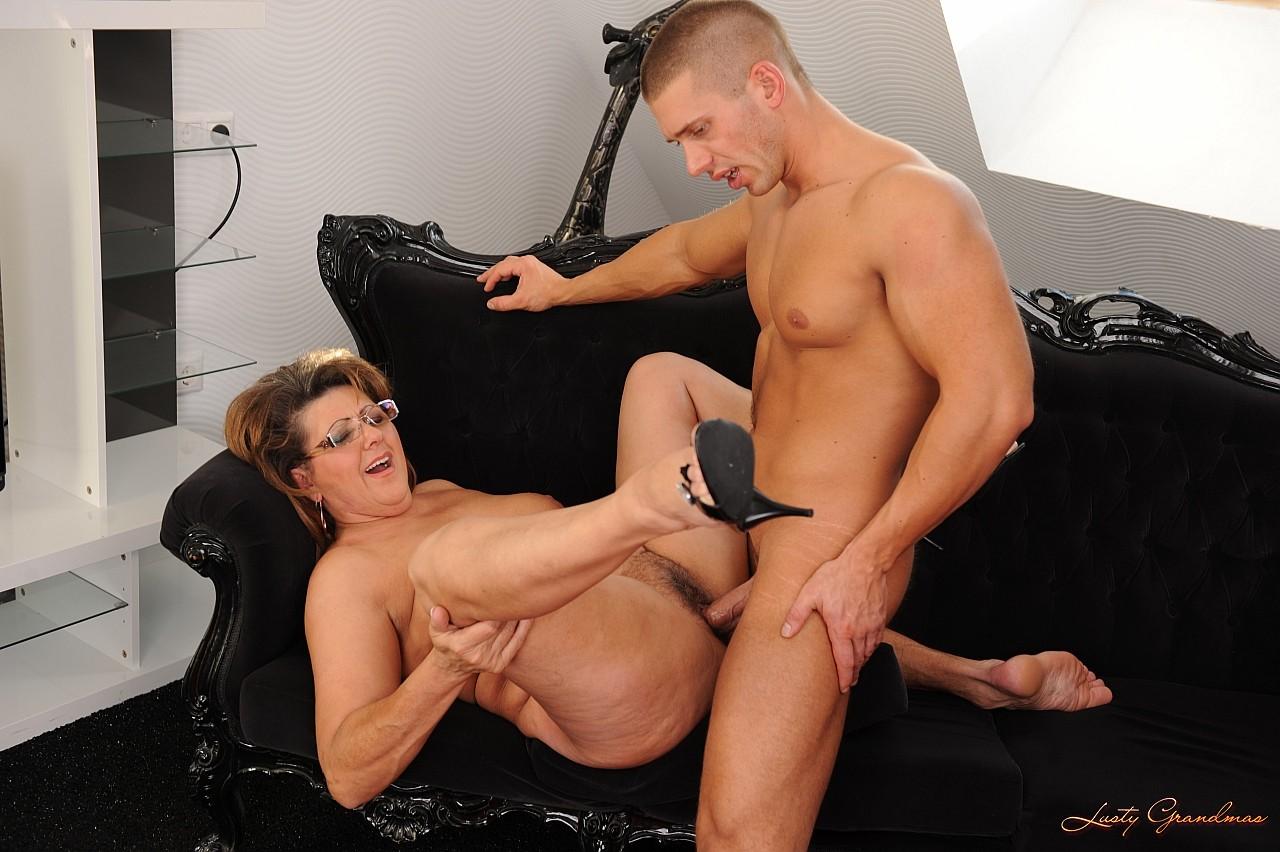 Фото голых сук секс порно 6 фотография