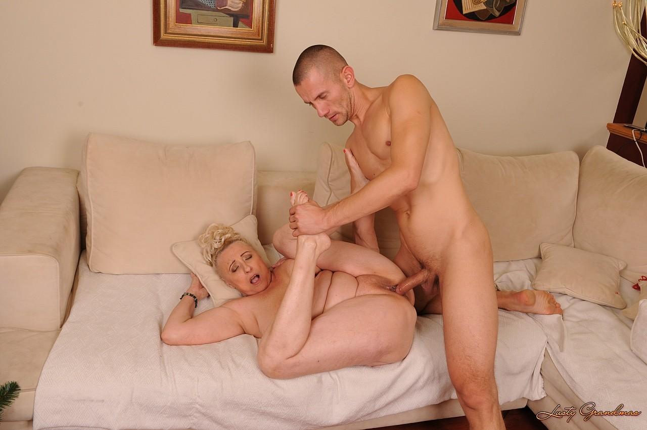 Порно фотки старых теток 18 фотография