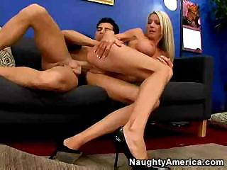 Emma Starr shakes her silicone tits during wonderful banging