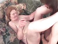 Очень старая дама оказывается опытный член сосать шлюха
