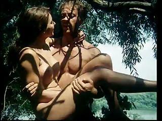hudozhestvennie-filmi-s-elementami-porno-tarzan