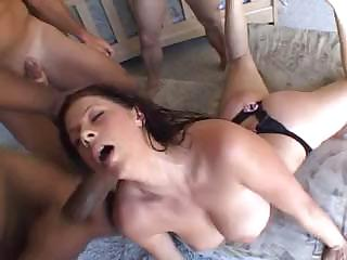 Porn Tube of Good Babe Gianna Michaels Decides To Swallow As Much Sperm As She Only Can