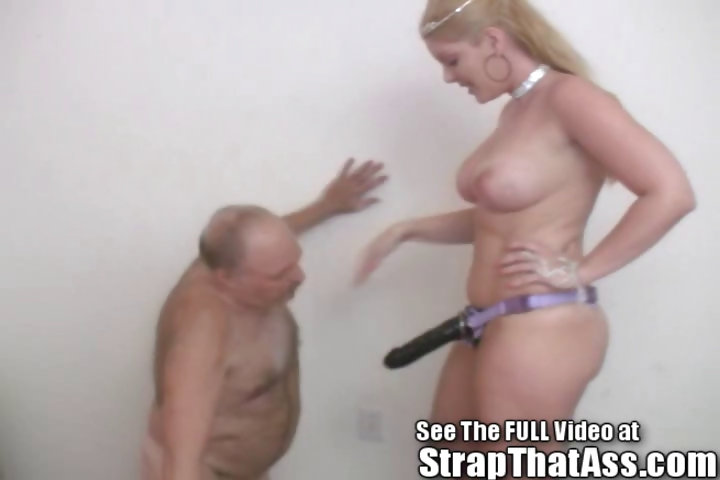 Porn Tube of Submissive Bobbie Loves To Worship At The Straponprincess's Feet