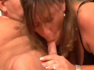 HORNY CHUBBY GERMAN MATURE LOVES A GOOD FUCK -BR