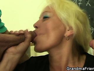Застрял хуй в вагине смотреть порно онлайн