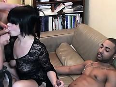 Онлайн порно видеоролики групповуха