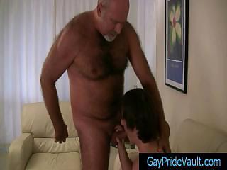 Old gay bear getting his dick sucked by twink gaypridevault
