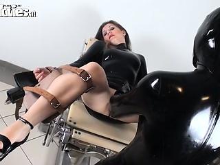 Волосатый анус у девушки смотреть онлайн порно
