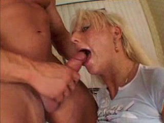 Mature horny blonde with piercing - free porn video