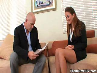 Porno Video of Boss Calls In His Secretary For A Little Dictation His Way