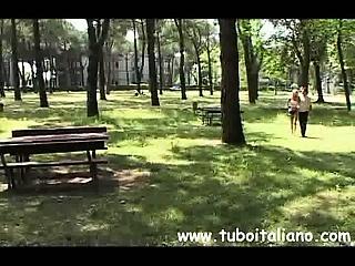 Amatoriale italia video guliana corelia rumena mi apre la figa e gli infilo un dito in culo 3