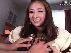 <ブッカケ動画>初音みのり 激カワお姉さんがフェラやパイズリ、手コキでチ○ポを刺激しまくり、大量のザーメンを浴びるw