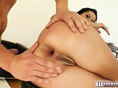 Смотреть порно мастурбация бодибилдерш