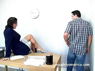Mature ladies who spank