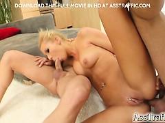 секс видеоролики девушку имеют жестко целой толпой