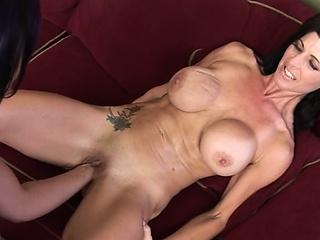 Порно зрелые мамки с большими формами