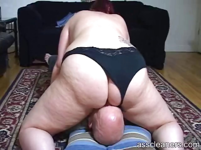 Porno Video of Chubby Mistress Sits Her Big Fat Ass On A Man`s Face