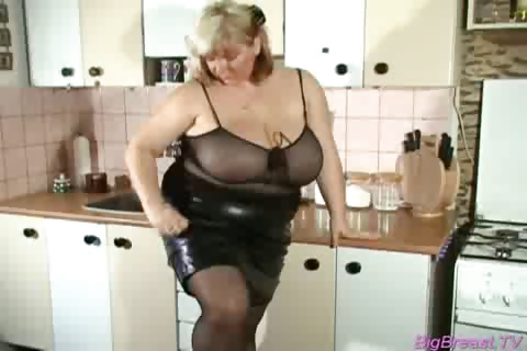 Porn Tube of Chubby Babe With Huge Breasts