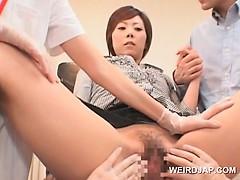Порно видео зрелые разводят молодых