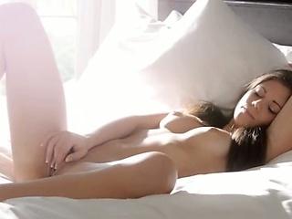 Видео голая сестра и брат эротика