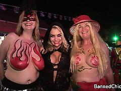 Очень красивые взрослые обнаженные женщины видео