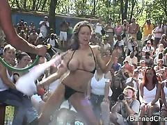 Порно нехотела в рот