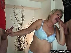 Порно сасут хуй