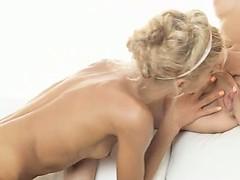 Лучшее порно с трансиком